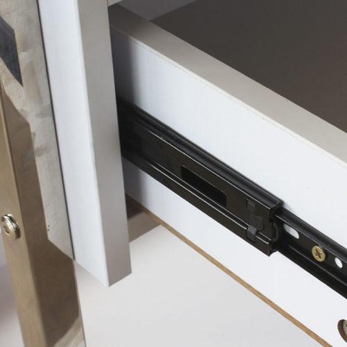 carrello per estetica e centri spa con due cassettiere, particolare apertura cassetto