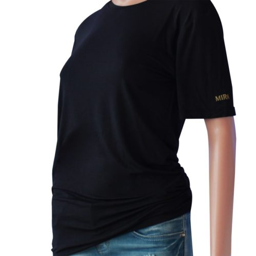 maglietta nera in fibra d'argento e nanotecnologia